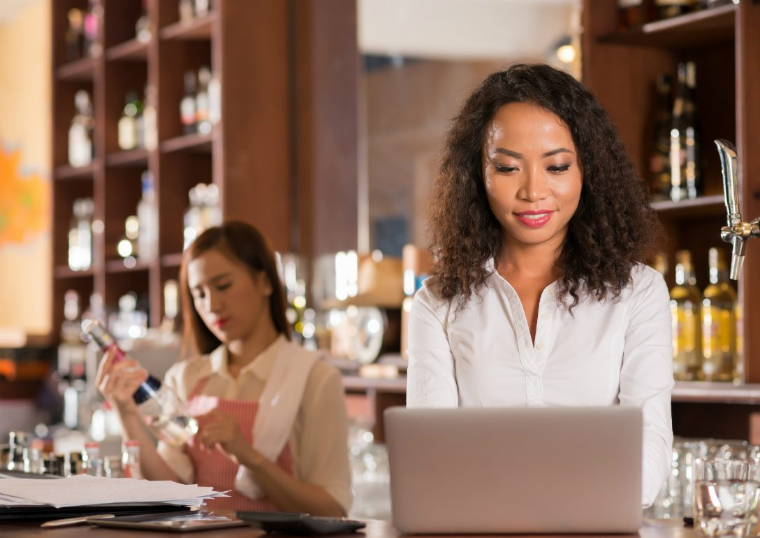 4 Metrics Restaurant Managers Need to Monitor for Success