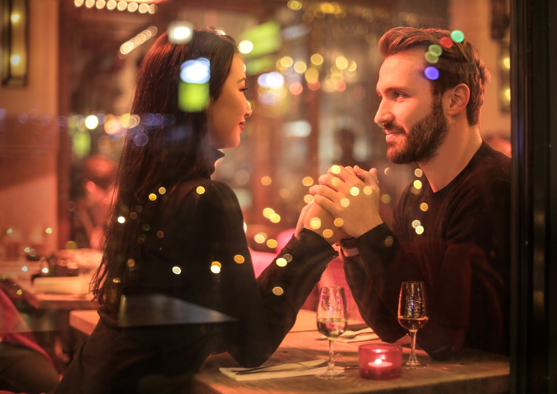 Seats to the Sweet: Taking Restaurant Reservations for Valentine's Day