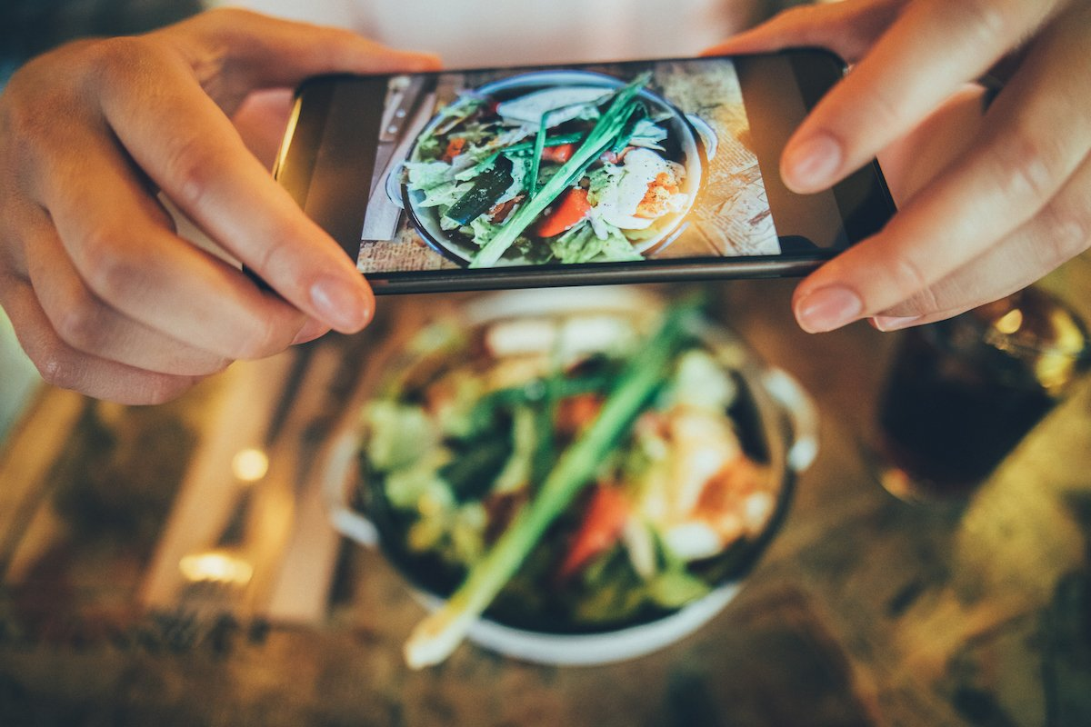Social Media Tips and Tricks for Promoting your Restaurant